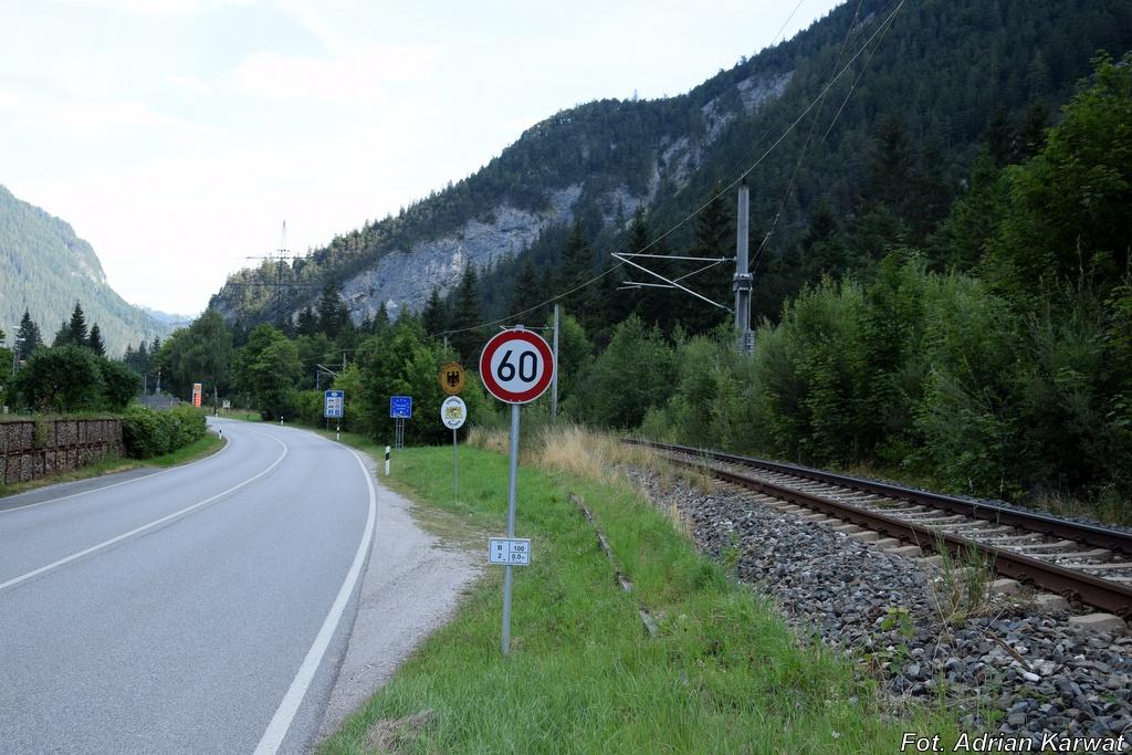 Grenze Mittenwald Scharnitz Gesperrt